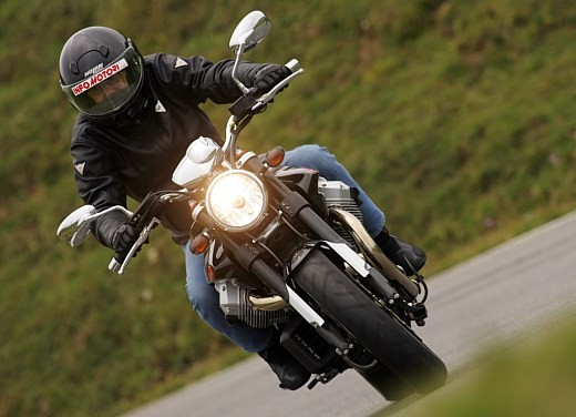 Moto Guzzi Griso 1100: Test Ride - Foto 10 di 35