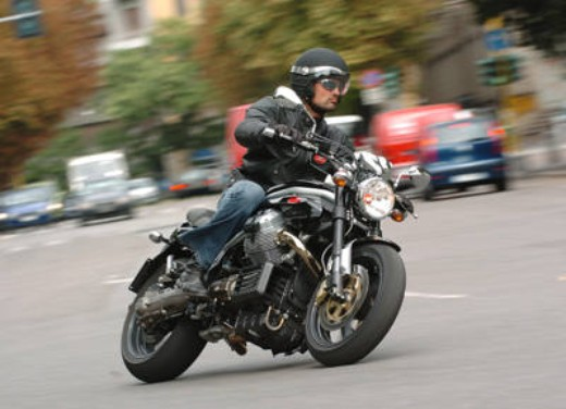 Moto Guzzi Griso 1100: Test Ride - Foto 22 di 35