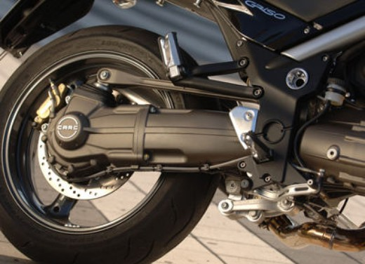 Moto Guzzi Griso 1100: Test Ride - Foto 32 di 35