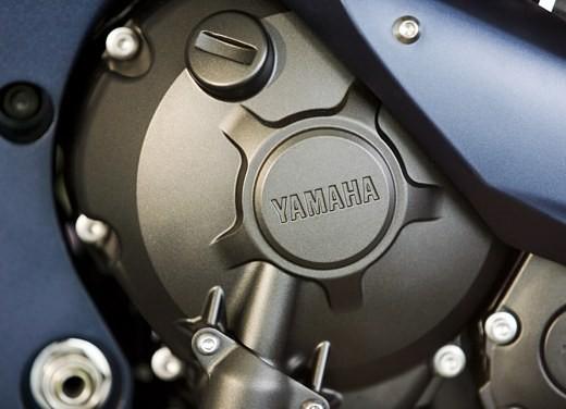 Yamaha R1 2006 - Foto 16 di 17