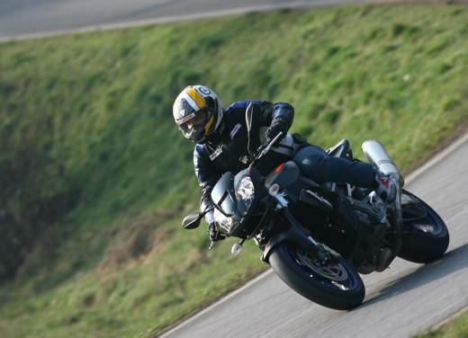 Aprilia Tuono 1000 R M.Y.07 – Test Ride - Foto 18 di 56