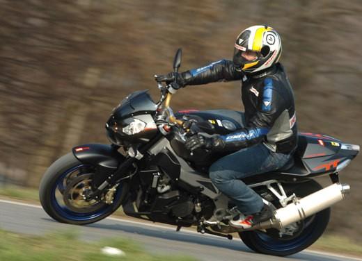 Aprilia Tuono 1000 R M.Y.07 – Test Ride - Foto 19 di 56