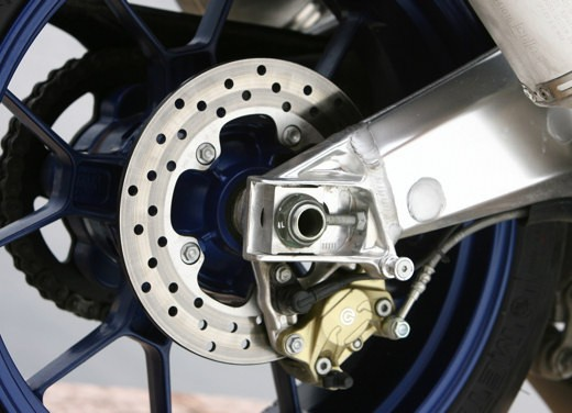 Aprilia Tuono 1000 R M.Y.07 – Test Ride - Foto 8 di 56