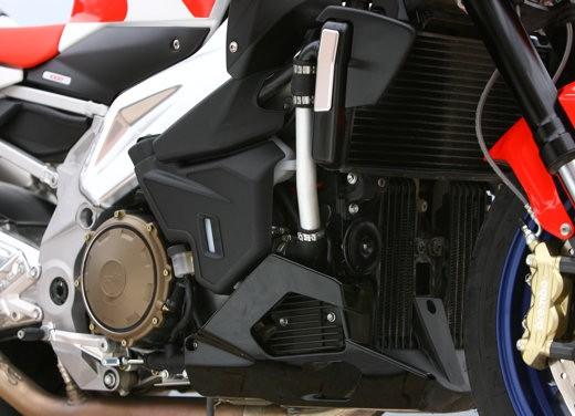 Aprilia Tuono 1000 R M.Y.07 – Test Ride - Foto 22 di 56