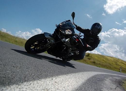Aprilia Tuono 1000 R M.Y.07 – Test Ride - Foto 26 di 56
