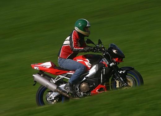 Aprilia Tuono 1000 R M.Y.07 – Test Ride - Foto 35 di 56