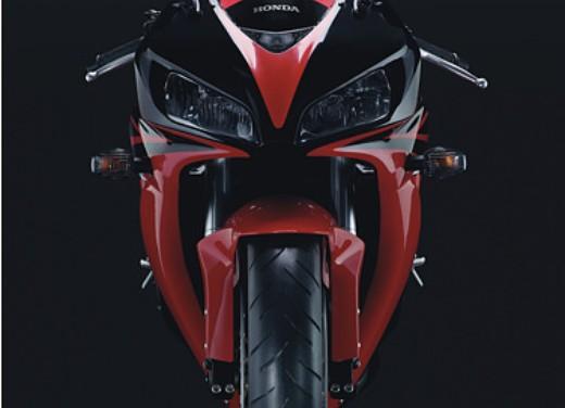 Honda CBR 1000RR Fireblade 2006 - Foto 7 di 14