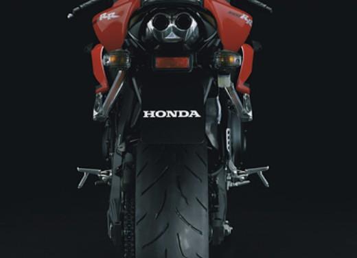 Honda CBR 1000RR Fireblade 2006 - Foto 8 di 14