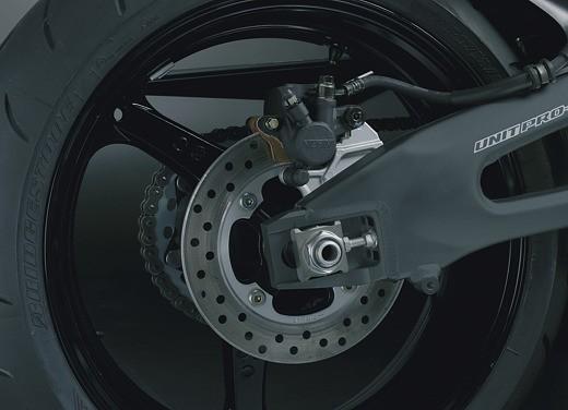 Honda CBR 1000RR Fireblade 2006 - Foto 12 di 14