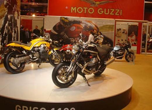 Moto Guzzi al Salone di Parigi 2005 - Foto 4 di 7