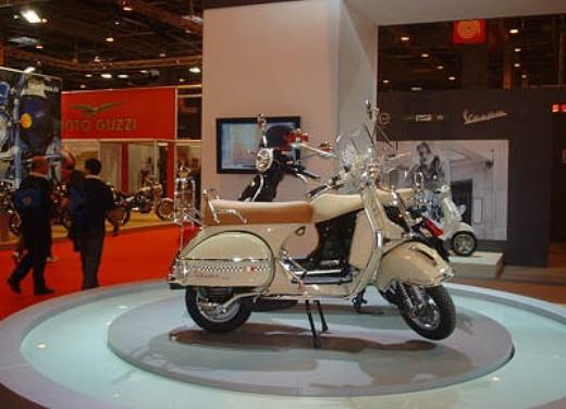 Vespa al Salone di Parigi 2005 - Foto 4 di 7