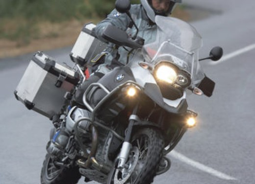 BMW R 1200 GS Adventure - Foto 10 di 11