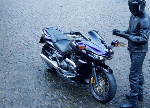 Honda DN-01 - Foto 10 di 34