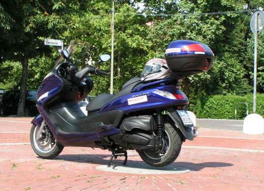 Yamaha Majesty 400: Test Ride - Foto 11 di 25