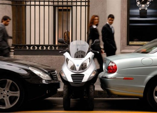 Piaggio Mp3 – Test Ride - Foto 17 di 68
