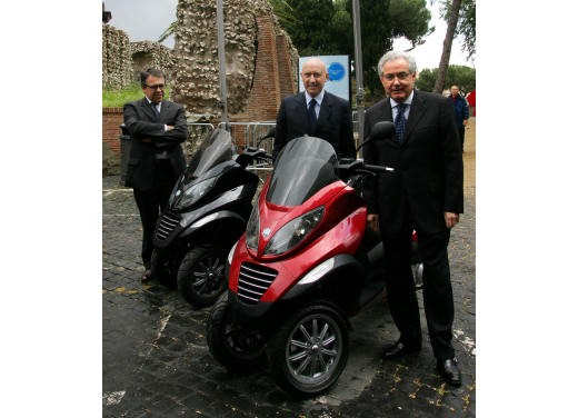 Piaggio Mp3 – Test Ride - Foto 18 di 68
