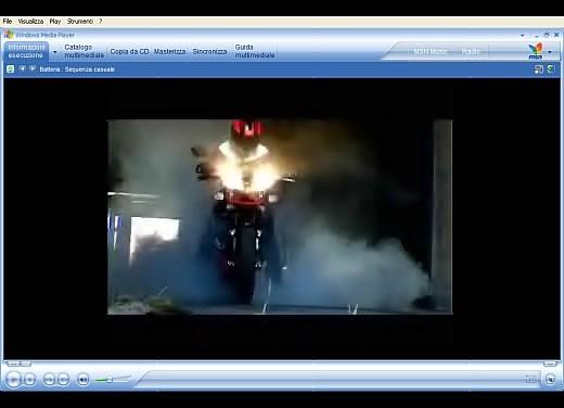 Aprilia Tuono 1000 R – Video - Foto 4 di 11