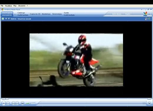 Aprilia Tuono 1000 R – Video - Foto 9 di 11