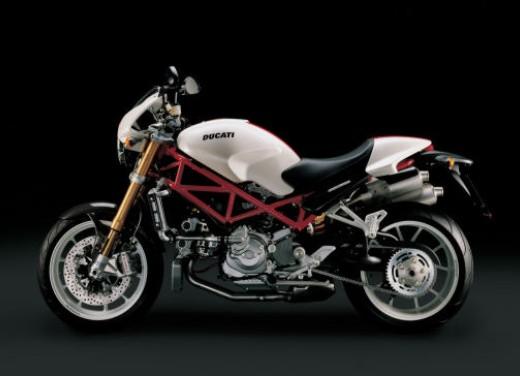 Ducati Monster S4Rs Testastretta - Foto 12 di 19
