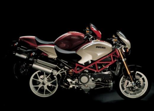 Ducati Monster S4Rs Testastretta - Foto 18 di 19