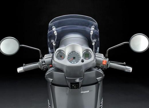 Aprilia Scarabeo 500 – Test Ride - Foto 10 di 17