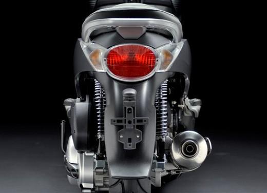 Aprilia Scarabeo 500 – Test Ride - Foto 13 di 17