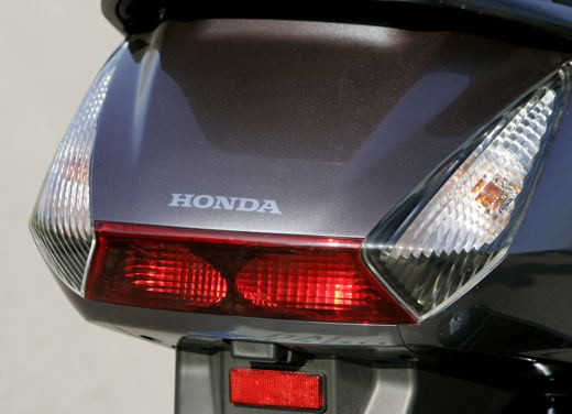 Honda SilverWing 400 – Test Ride - Foto 11 di 14