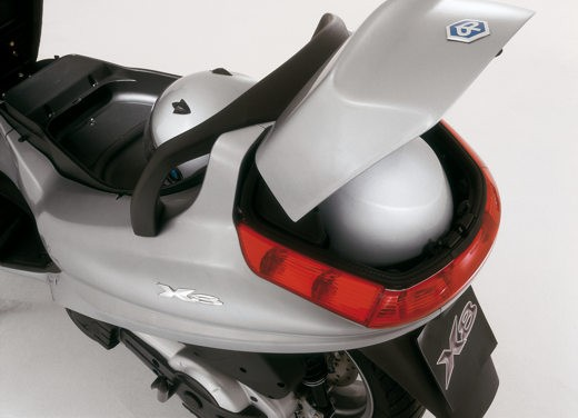 Piaggio X8 400 i.e – Test Ride - Foto 7 di 11