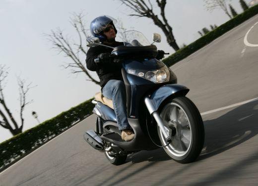 Piaggio Beverly 400 i.e. – Test Ride - Foto 8 di 13
