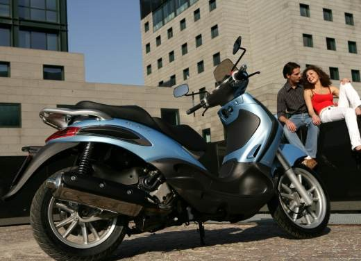 Piaggio Beverly 400 i.e. – Test Ride - Foto 11 di 13