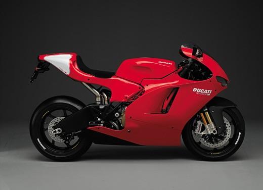 Ducati Desmosedici RR - Foto 8 di 35