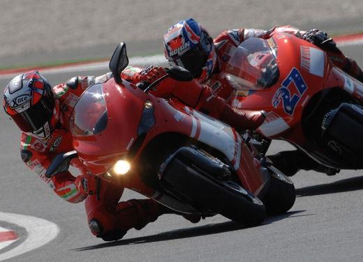 Ducati Desmosedici RR - Foto 30 di 35