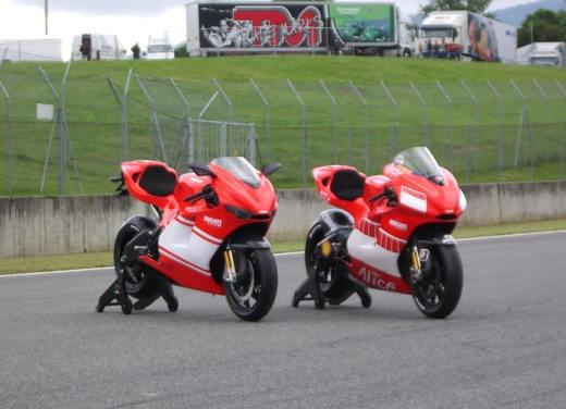 Ducati Desmosedici RR - Foto 20 di 35