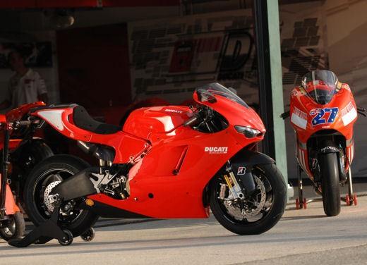 Ducati Desmosedici RR - Foto 34 di 35