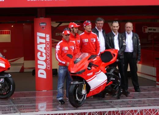Ducati Desmosedici RR - Foto 24 di 35