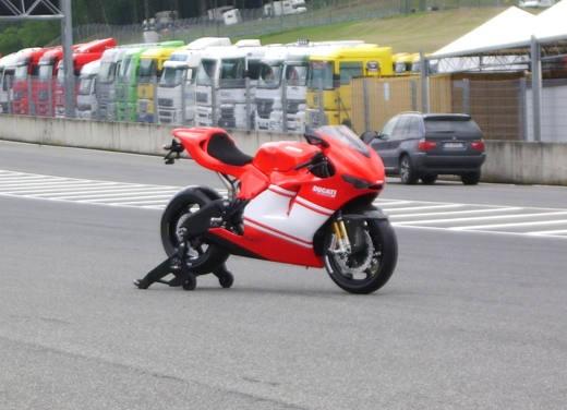 Ducati Desmosedici RR - Foto 27 di 35