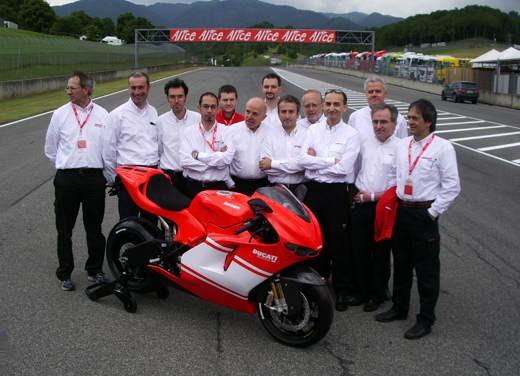 Ducati Desmosedici RR - Foto 28 di 35