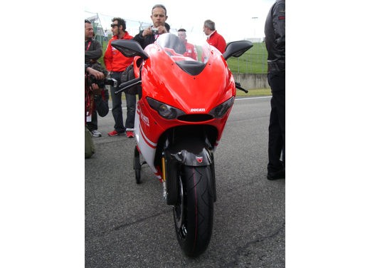 Ducati Desmosedici RR - Foto 13 di 35