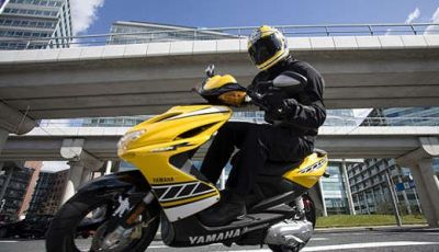 Yamaha Aerox R Special Version