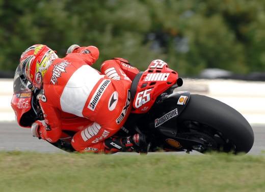 Ducati Desmosedici GP7 - Foto 6 di 11