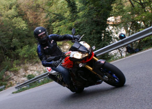 Aprilia Tuono 1000 R Factory – Long Test Ride