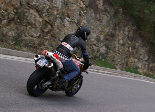 Aprilia Tuono 1000 R Factory – Long Test Ride - Foto 27 di 62
