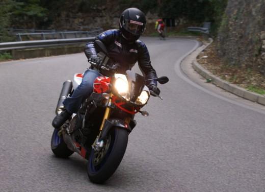 Aprilia Tuono 1000 R Factory – Long Test Ride - Foto 28 di 62