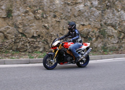 Aprilia Tuono 1000 R Factory – Long Test Ride - Foto 32 di 62