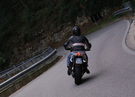 Aprilia Tuono 1000 R Factory – Long Test Ride - Foto 47 di 62