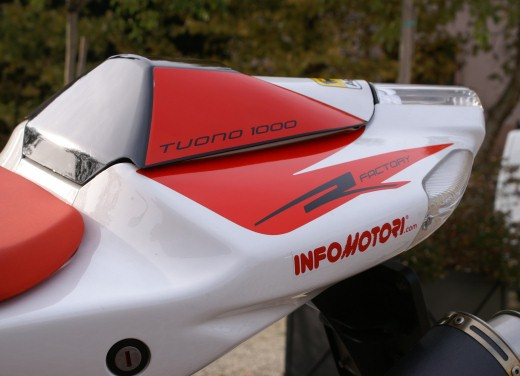 Aprilia Tuono 1000 R Factory – Long Test Ride - Foto 10 di 62