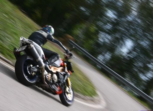 Aprilia Tuono 1000 R Factory – Long Test Ride - Foto 40 di 62
