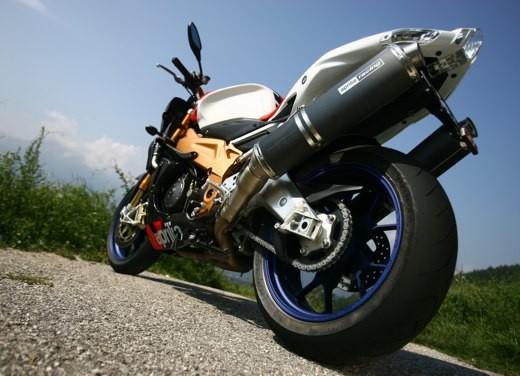 Aprilia Tuono 1000 R Factory – Long Test Ride - Foto 44 di 62