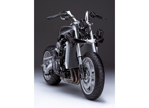Kawasaki 1400 GTR - Foto 2 di 11