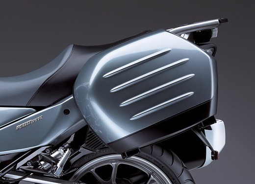 Kawasaki 1400 GTR - Foto 7 di 11